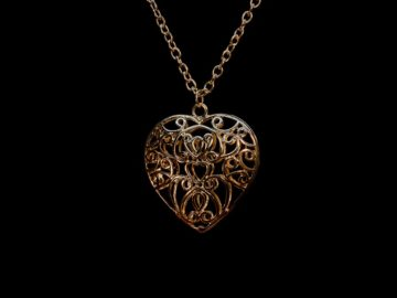 5 Necklace Designs that Can Make Every Girl Look Beautiful 5